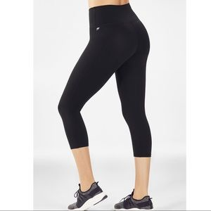 Fabletics Black Cropped Leggings